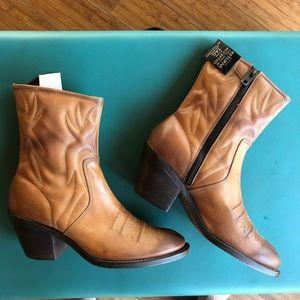 Chloe Boots. NWT